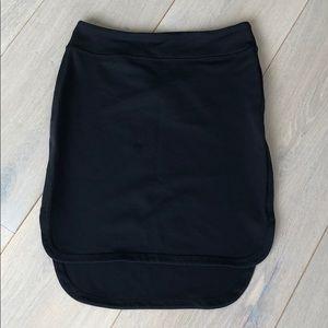 Lululemon high/low black spandex side slit skirt